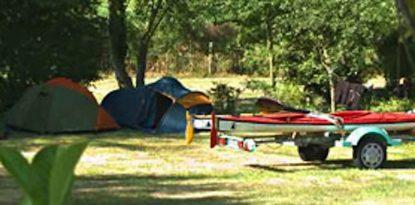 De grands emplacements au camping, espace et détente dans le Morbihan à Arzal